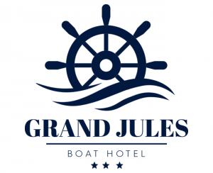 Grand Jules Boat Hotel
